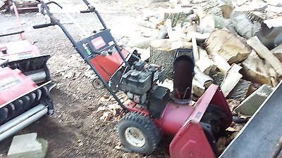 TORO SNOWBLOWER 521 ELECTRIC START - 2 Stage.