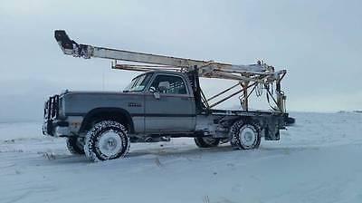 Smeal T3 Pump pulling unit on Dodge W250 5.9 cummins 5 spd manual / 4x4 19 mpg