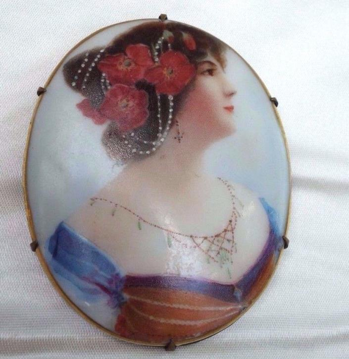ANTIQUE LARGE VICTORIAN LADY BROOCH
