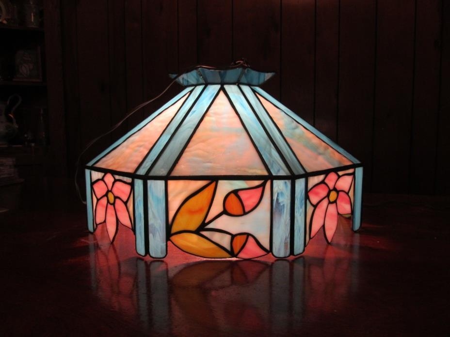 STAINED GLASS TIFFANY LAMP SHADES HANGING LAMPS COLLECTIBLES DECORATIVE ARTS