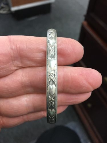 Vintage Danecraft Sterling Silver Bracelet, raised Hearts And Flowers