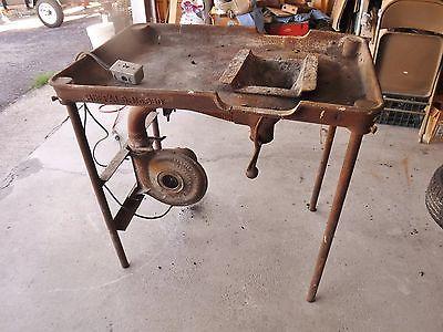 Buffalo 650 Blacksmith Forge 27x40 w/ Champion Electric Blower