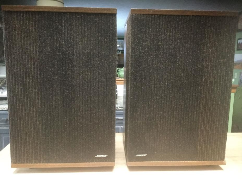 Bose 501 Series IV Direct/Reflecting Main Stereo Speakers (Pair) Very Nice