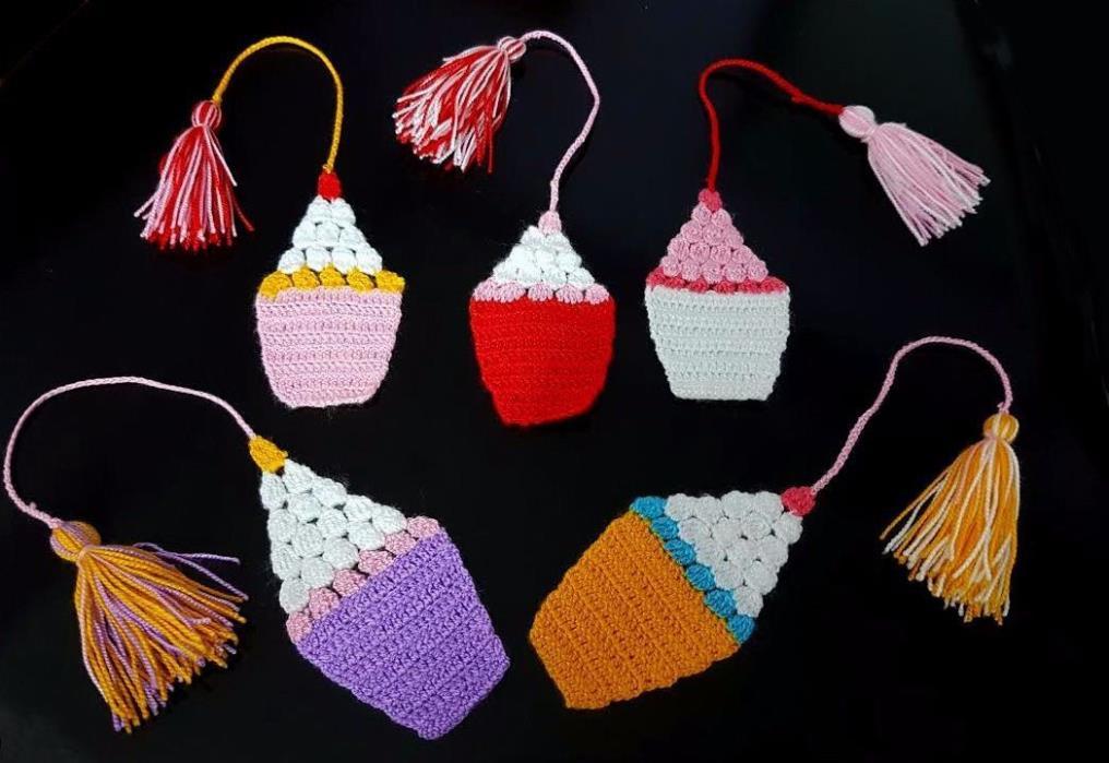 Handmade Crochet Bookmark ( Yellow )