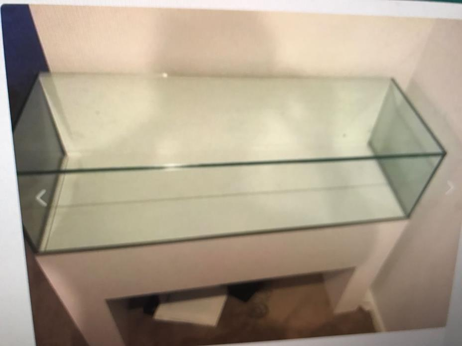 JEWLERY DISPLAY CASE SUPER NICE CONDITION