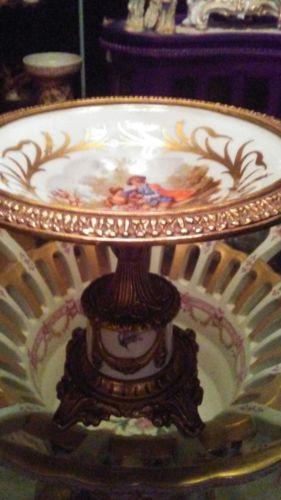 Exsquisite Antique decorative dish