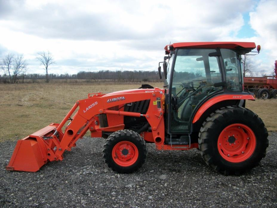 Kubota L4760 Tractor, Cab/Heat/Air, Loader, 4WD, Hydro transmission, 399 Hours