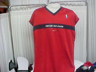 NBA Portland TrailBlazers Game Worn 1999-2000 Red Nike Sleeveless Shooting Shirt