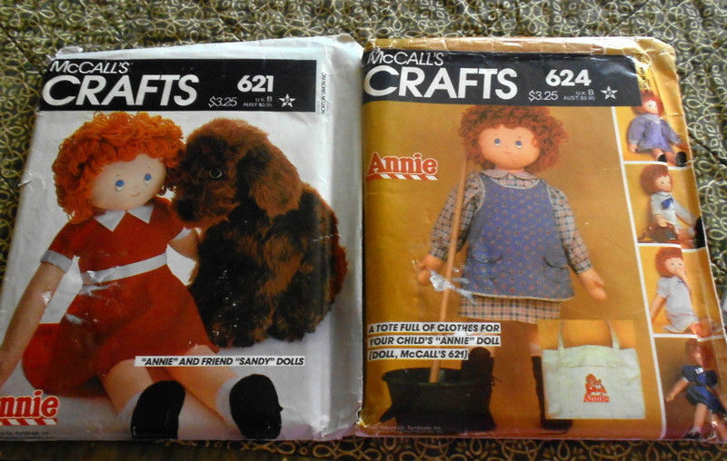 McCalls Sew Pattern Orphan Annie + Sandy (dog) Plush Dolls 621 & Wardrobe 624