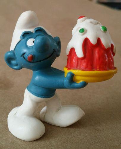 Vintage Smurfs Smurf Jello cake dessert delivery  Peyo PVC Mini Figurine Toy