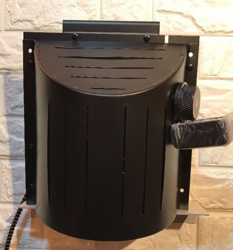 Akoma Hound Heater Dog House Furnace Deluxe With Cord Protector 110v HHF-PC NEW