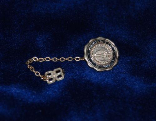 1938 Atlantic City NJ Convention Boardwalk Gold Souvenir Lapel Pin w 38 Chain