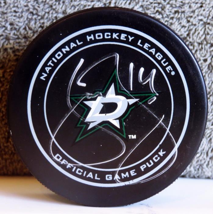 Official NHL puck signed by Jamie Benn