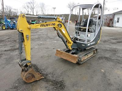 Mustang 1503 Mini Excavator, 2 Speed, Adjustable Tracks, 2270 Hours, 18HP Diesel