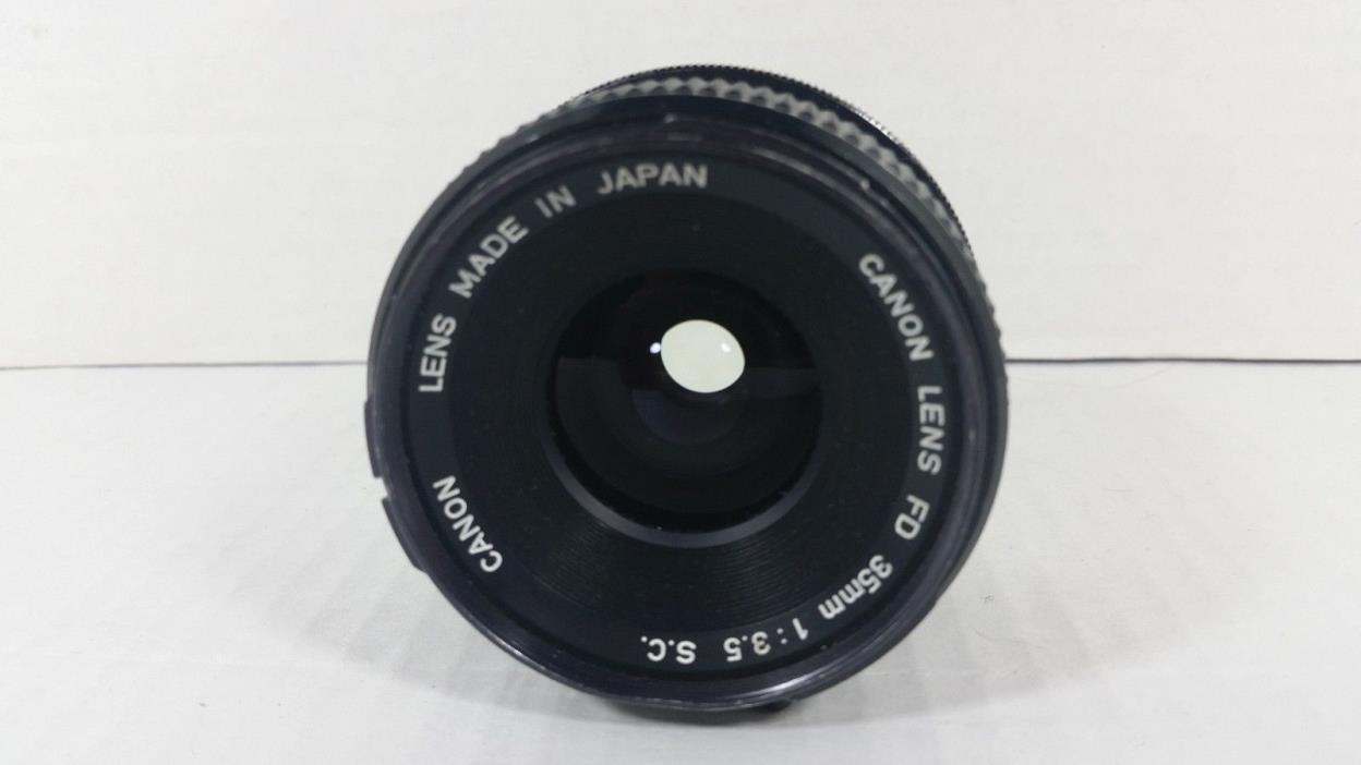 Vintage Canon FD 35mm 1 : 3.5 S.C Manual Focus Wide Angle Lens AE A1