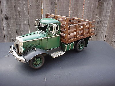 VINTAGE LOOKING (METAL TRUCK W/WOOD SIDED TRUCK BED) 1940S? FORD /DODGE/ CHEVY??
