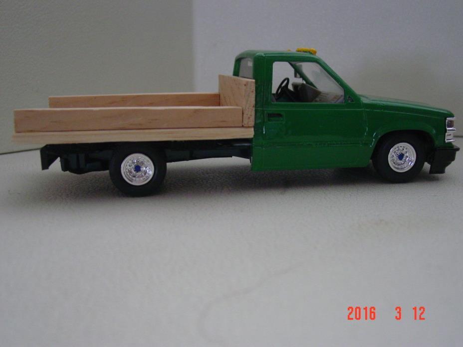 Chevy farm truck 1/25