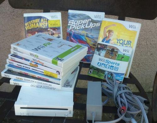 Lot Nintendo Wii System w Games missing controll SHIP OUT 1 DAY!