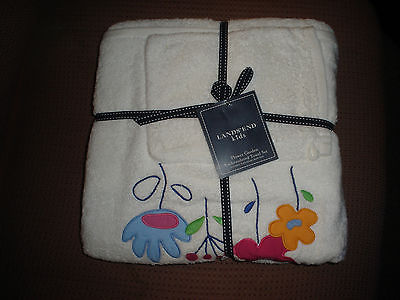 Lands End NWT Kids Bath Towel Set- Flowers Bath Towel, Hand Mitt