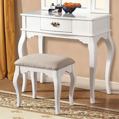 A&J Homes Studio Maren White Vanity Set