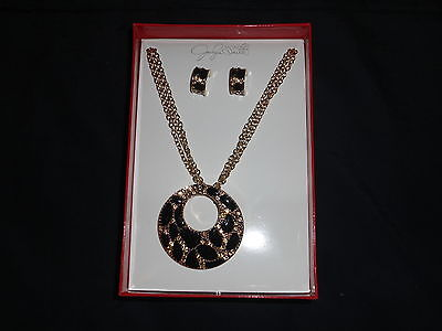 JACLYN SMITH 2 PIECE JEWELRY SET, NECKLACE & EARRINGS, BLACK & GOLDTONE