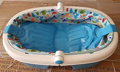 Infant to Toddler Foldaway Bath Tub