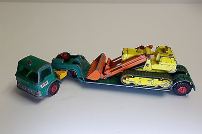 Vintage Matchbox King Size #K17 Ford Tractor Dyson Low Loader CATERPILLAR