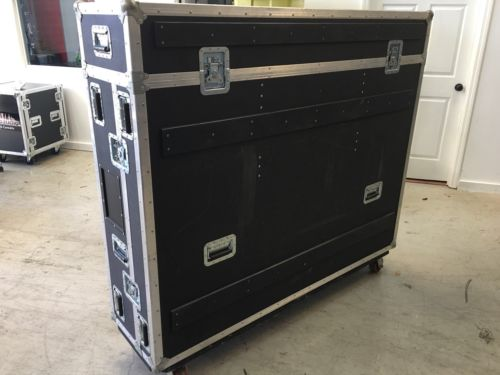 yamaha pm5d With Case And One Power Suply