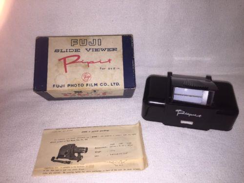 Vintage Bakelite Fujifilm Fuji Photo Film Pipit 2x2 Film Slide Viewer 35mm