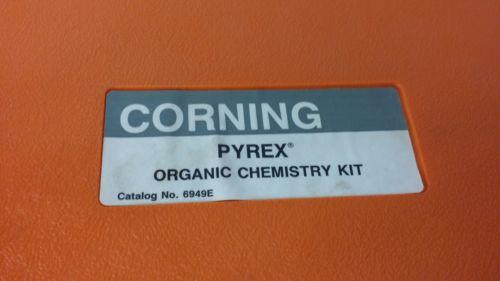 Organic Pyrex Chemistry Set