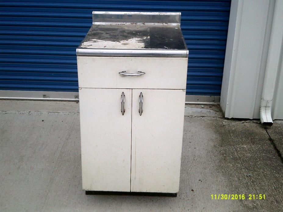 Vintage Metal Kitchen Cabinets - For Sale Classifieds