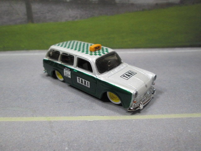1967  '67  VW VOLKSWAGEN 1600 SQUAREBACK TAXI 1/64 S SCALE  LOOSE