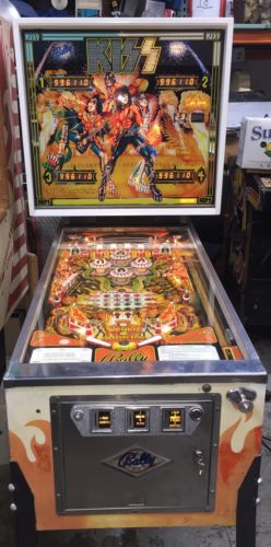 Kiss Pinball Machine By Bally Beautiful Playfield
