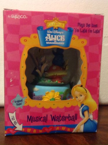Disney Alice In Wonderland - Snow Globe