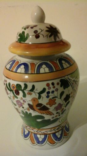 Decorative Vase with lid ?EXCELLENT?