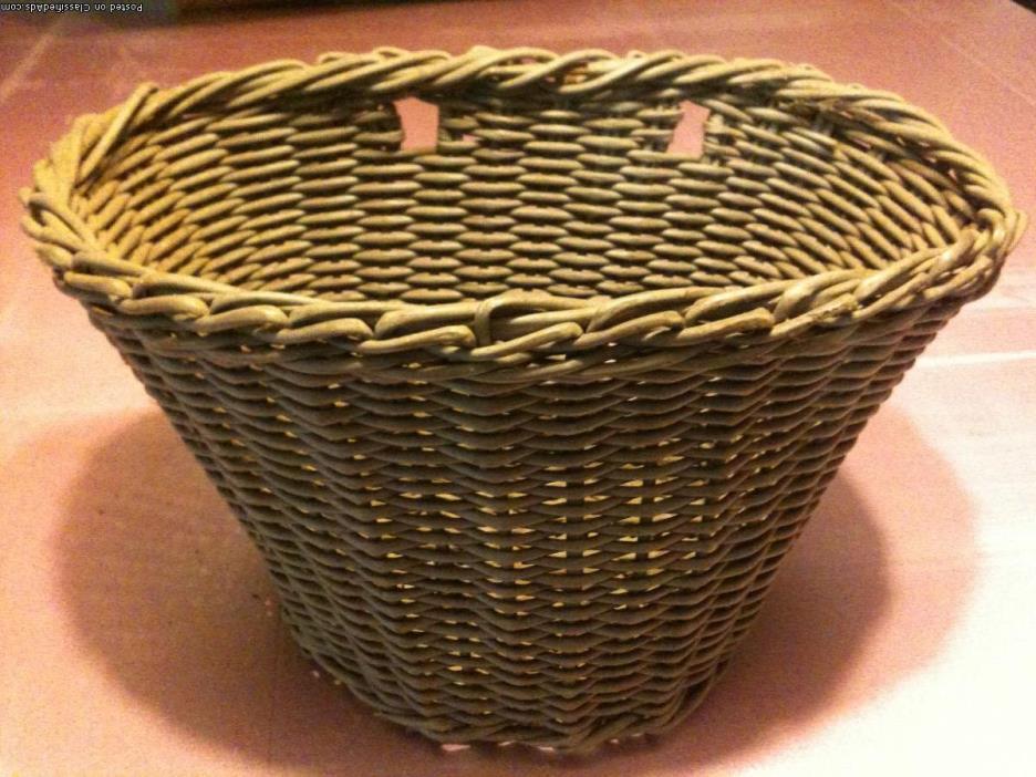 vintage Wicker bike basket