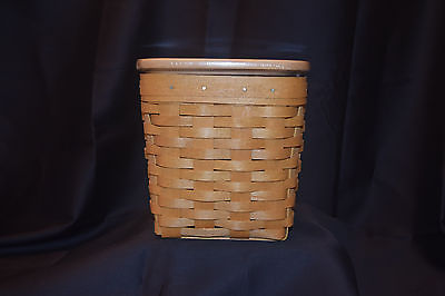 Longaberger 2004 Tall Tissue Basket with Lid