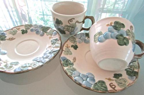 2 California Metlox Poppytrail 60s Stoneware Cups & Saucers Sculpted Blue Grapes