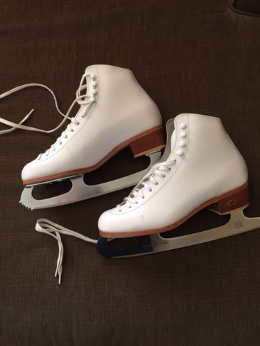 Riedell 10 RS Figure Ice Skates