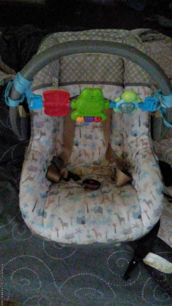 Infant car seat with Base and toy