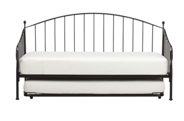 Crate & Barrel Porto Daybed w/ Trundle and Mattresses