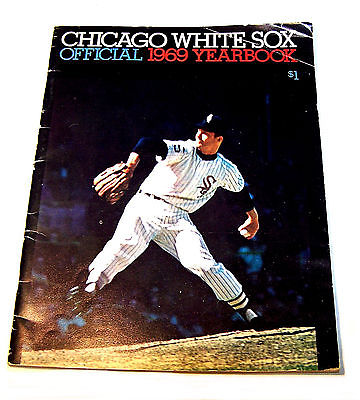 1969 Chicago White Sox Baseball Yearbook VGX Program Blackhawks Cubs Ticket Ofr