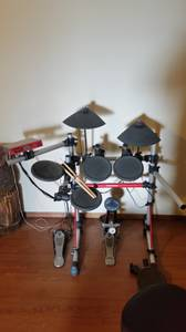 Yamaha Electronic Drum Set (Clovis)