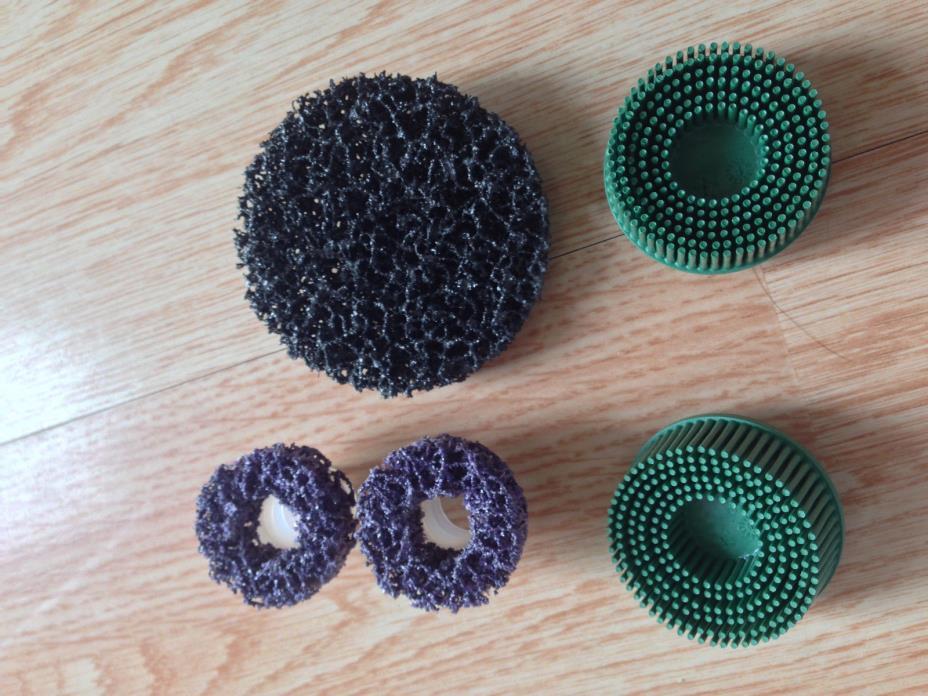 3M (5) Ct. Misc Roloc Lot 2 Green Bristle Discs 2 Purple 1 Clean and Strip !