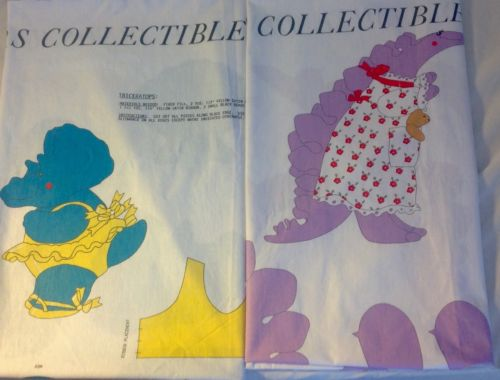 LOT 2 VINTAGE FABRIC PANELS DYNAMITE DINOSAUR COLLECTION STEGASAURUS TRICERATOPS