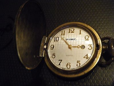 Vintage Benrus pocket watch - needs new battery - quartz - steampunk