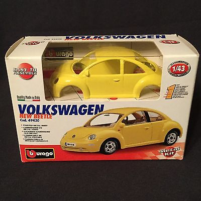 Burago Yellow Volkswagen New Beetle Metal Car Kit 1:43