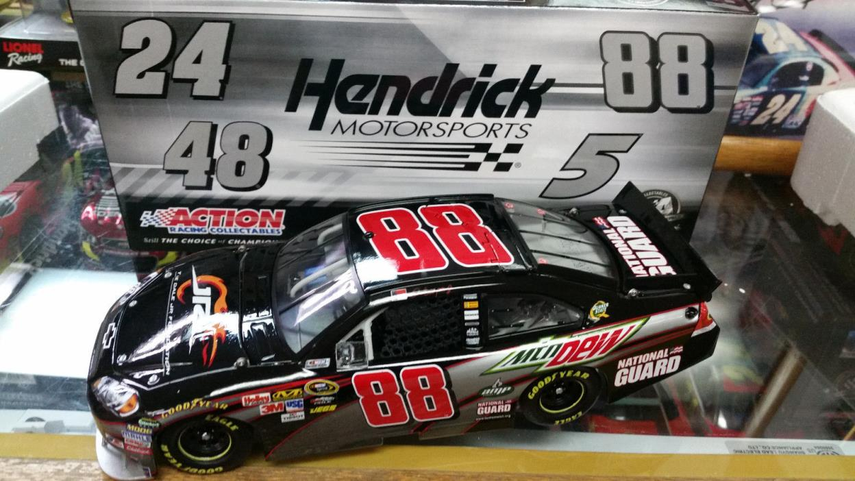 Dale Earnhardt Jr 2010 1/24 Foundation Action Diecast