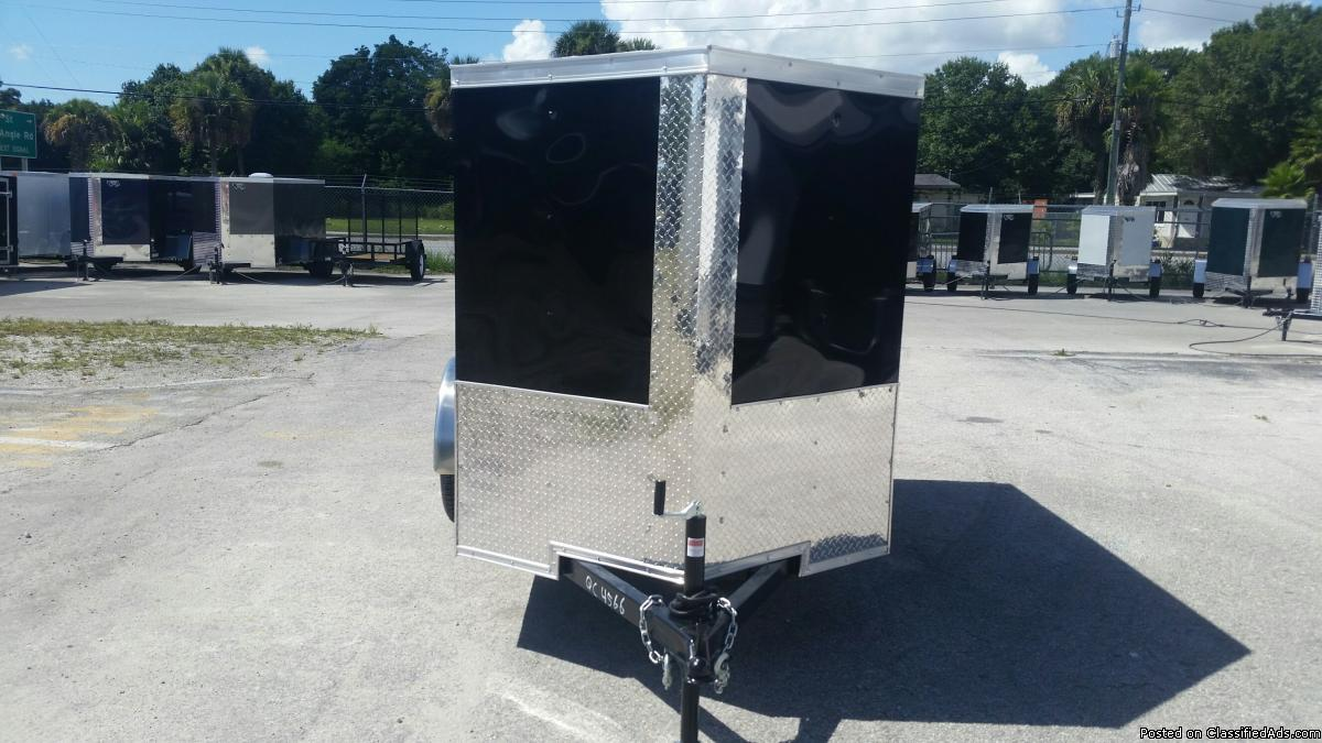 5 x 8 Enclosed Trailes with Side vent