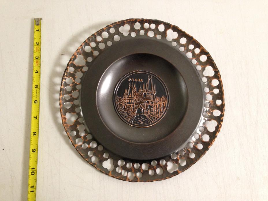 PRAHA CZECHOSLOVAKIA STAMPED METAL HAMMER DECORATIVE WALL PLATE COPPER DECOR